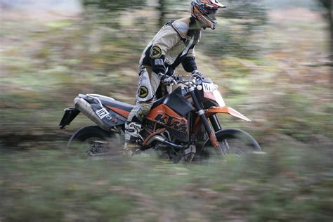 First ride: 2007 KTM 950 Super Enduro   Visordown