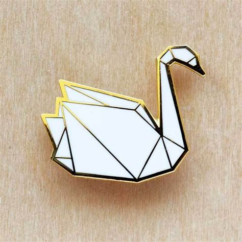 swan origami tutorial best 25 origami swan ideas on simple origami
