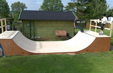 backyard skateboard rs how to build a halfpipe in your backyard 28 images