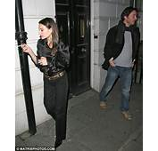Another Night Date For Actor Keanu Reeves As He