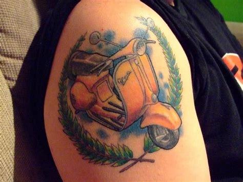 vespa tattoo designs vespa on right shoulder