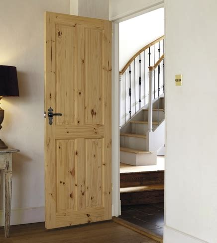 Softwood Interior Doors 4 Panel Knotty Pine Door Softwood Doors Doors Joinery Howdens Joinery