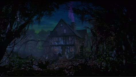 hocus pocus house hocus pocus images the sanderson s house wallpaper and background photos 753985