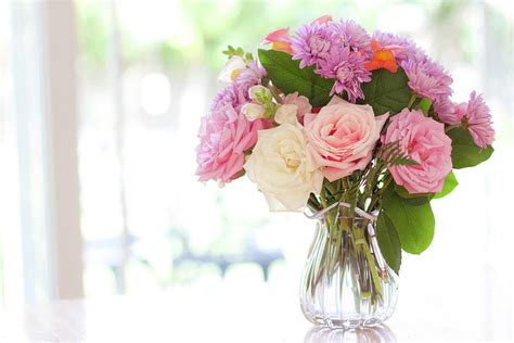 Flowers On Table | summer flower bouquet of flowers
