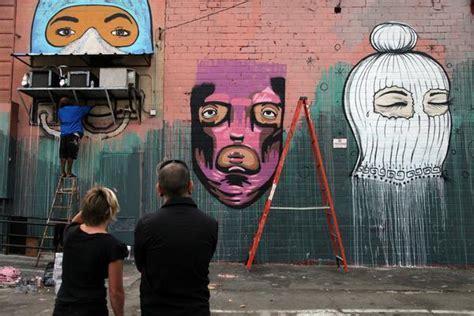 extortion  art oakland grapples  graffiti