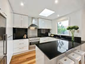 Modern U Shaped Kitchen Designs Modern U Shaped Kitchen Design Using Floorboards Kitchen Photo 8953057