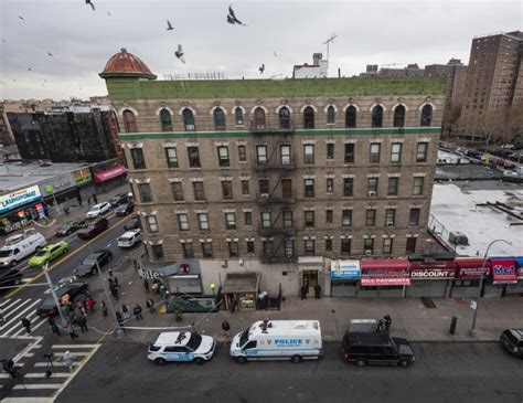 Nypd Search Warrant Nypd Detective Fatally Shoots Sword Wielding In Bronx Ny Daily News