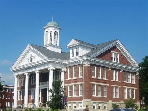 Of Kentucky Mba Engineering by 10 Top Kentucky Colleges And Universities