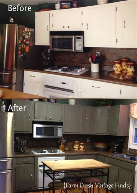 annie sloan kitchen cabinets before and after annie sloan chalk paint help me de ugly my kitchen
