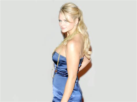 Latest Pictures Of Miranda Lambert | miranda lambert profile and latest hot wallpaper