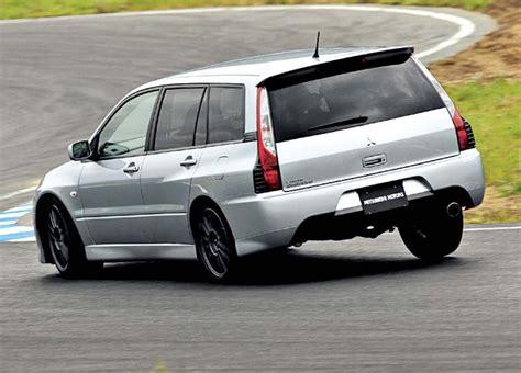 mitsubishi lancer evo wagon review evo