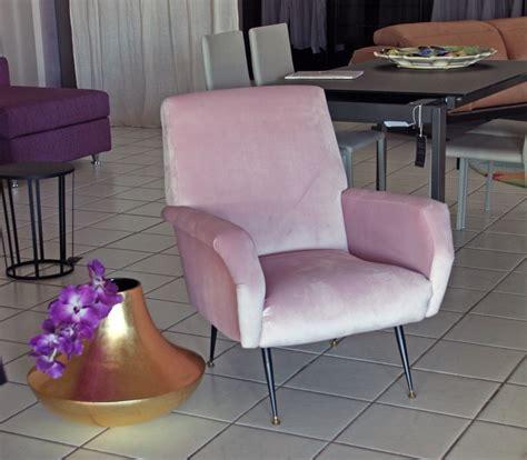 poltrona vintage divano poltrona vintage tessuto divani a prezzi scontati