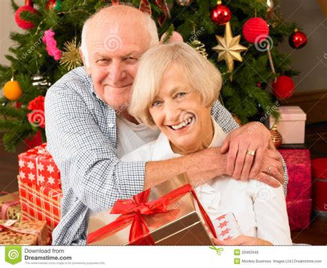senior couple with gifts royalty free stock images image