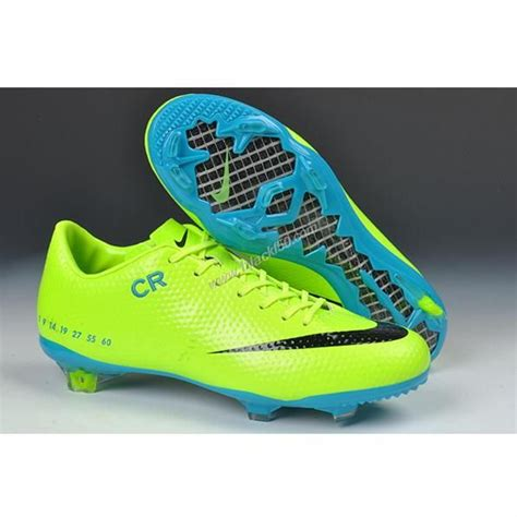 soccer shoes cr7 cr7 nike soccer cleats want soccer cleats