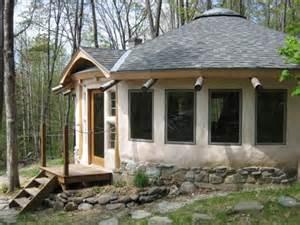 Vermont solar hut home for sale