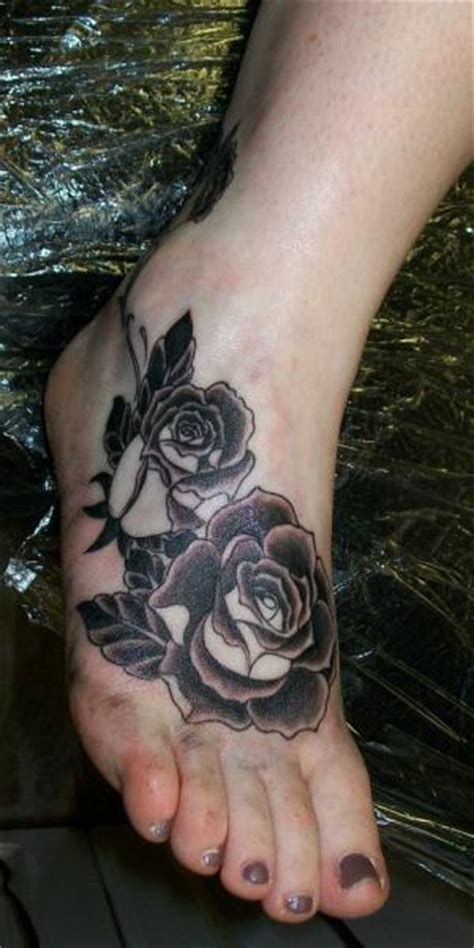 tattoo diamond foot old school foot flower tattoo by diamond jacks