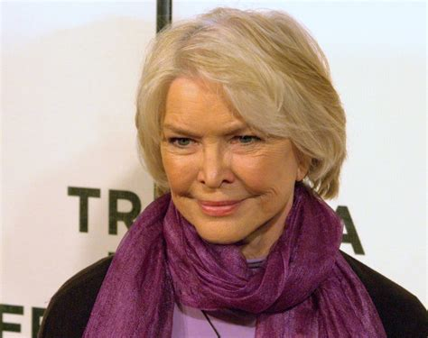 Toni Erdmann Director by Actress Ellen Burstyn To Receive Award At Munich Film