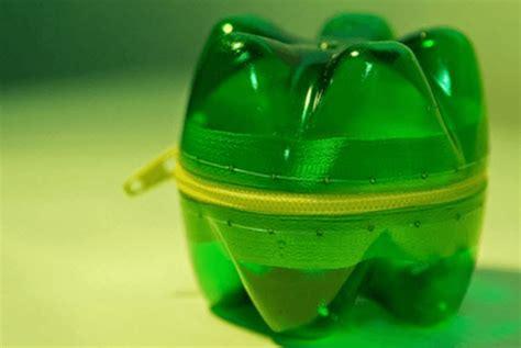 cara membuat mainan dari barang bekas plastik barang bekas tak harus langsung buang inilah enam cara