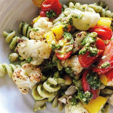 avocado pesto and roasted vegetable pasta healthy eating recipes eatwise