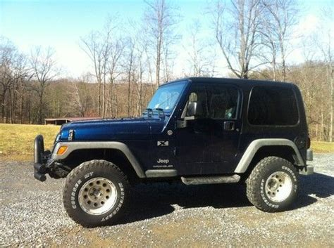 navy blue jeep wrangler 2 door find used 2005 jeep wrangler x sport utility 2 door 4 0l