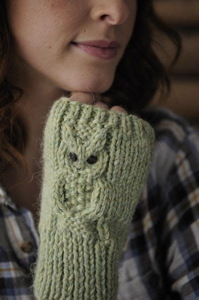 owl fingerless gloves knitting pattern knitting patterns galore owl mitts knitting crochet