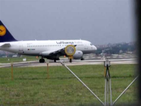 decollo aereo dalla cabina atterraggio a bari su 737 mov doovi