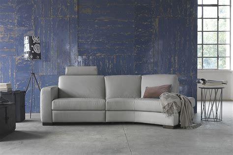 divano angolare piccolo idee salvaspazio divano angolare per piccoli spazi