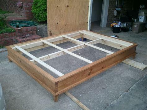 woodwork   build  queen size platform bed  plans