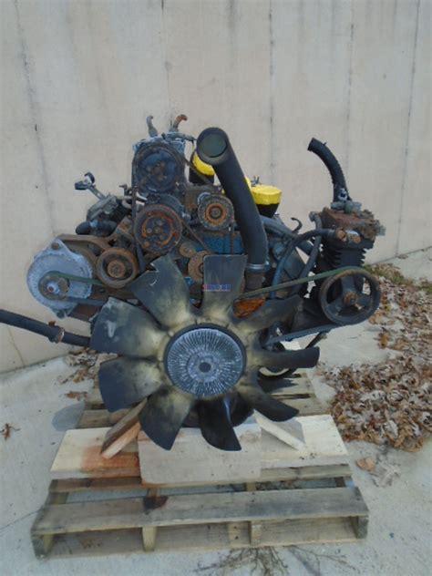 engine international te   turbocharged  engine complete good running  hm