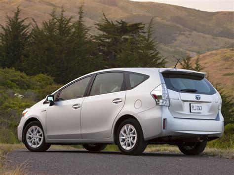 Toyota Prius Hatchback 2012 3dtuning Of Toyota Prius V 5 Door Hatchback 2012 3dtuning