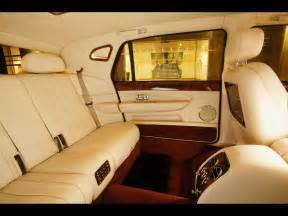 2005 bentley arnage limousine interior rear 1280x960
