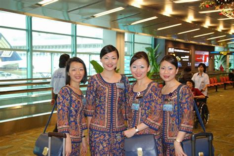 Sia Cabin Crew Appointment warm smiling from sia cabin crew