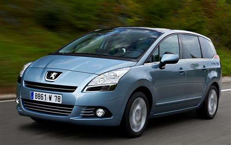 peugeot automatic diesel cars peugeot 5008 is diesel car of the year magazine research