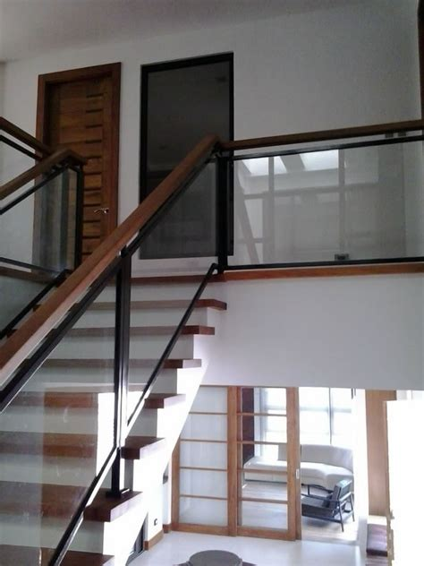 glass stair banisters and railings glass stair railing cavitetrail glass railings