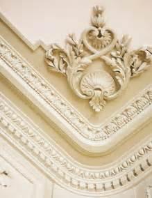 Beautiful crown molding ideas elegant profiles ceiling design ideas