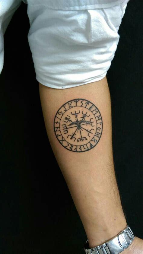 vegvisir tattoo pinterest vegvisir d 246 vme pinterest tattoo tatoo and tatoos