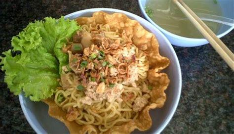 membuat mie ayam yang mudah 4 resep cara membuat bumbu mie ayam enak spesial yang mudah