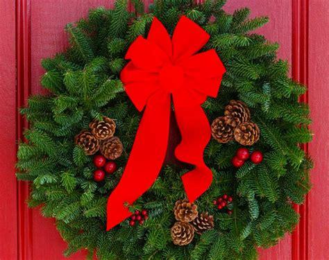 decorazioni natalizie porta ingresso ghirlande di natale per la porta d ingresso