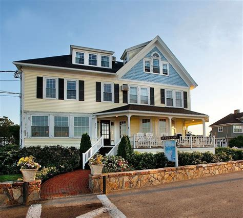 beach house hotel book the beach house inn kennebunk hotel deals