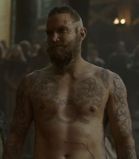 rollo tattoo vikings meaning leif vikings tattoos vikings pinterest viking