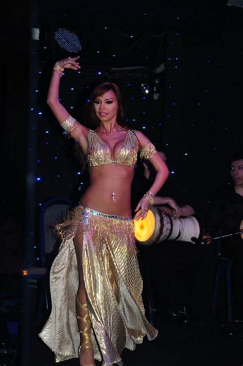 Turkish Bellydance World Bellydance Belly Dancing Belly | 69 best images about golden belly dance costumes on