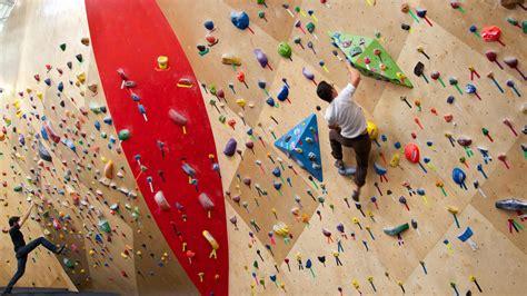 best indoor rock climbing climbing every mountain indoor rock climbing in chicago