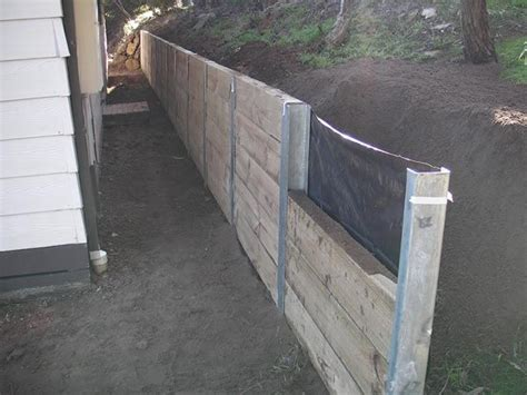 Sleeper Retaining Wall Ideas by Best 20 Sleeper Retaining Wall Ideas On