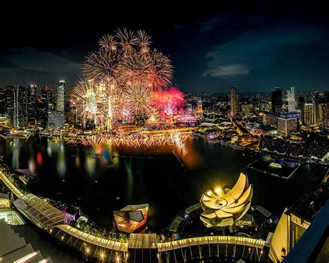 new year celebration in singapore 2018 new year s 2017 in singapore where to go for buffet