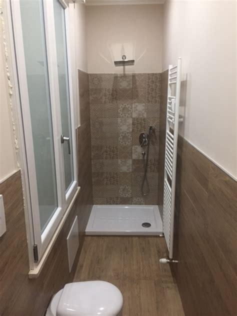 piastrelle bagno legno pavimento bagno effetto legno meglio un pavimento in