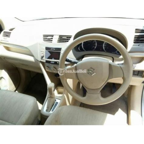 Plat Nomor Lu Izy Mobil Ertiga 1 mobil suzuki ertiga bekas tahun 2013 matik warna silver plat w surabaya jawa timur dijual