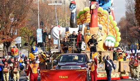 s day live 2016 macy s thanksgiving day parade live