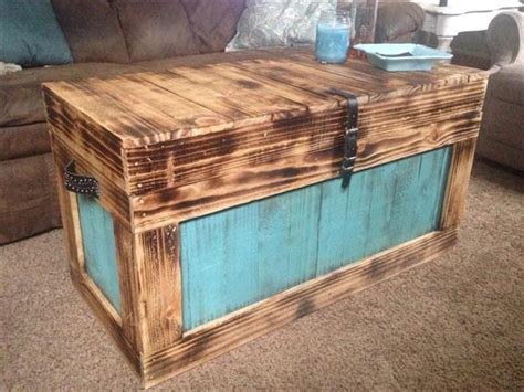 Handmade Furniture Plans - build a large box friendly woodworking projects