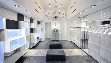 illuminazione negozi illuminazione negozio rinnova la tua vetrina