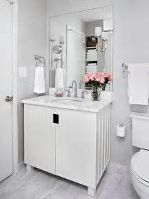 Small White Bathroom Decorating Ideas by White Bathroom Design Ideas